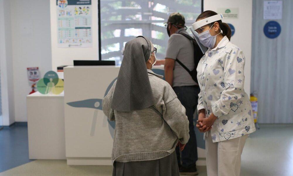 CBD Oil Cannabis clinic welcomes patients in Bogota despite pandemic – Reuters